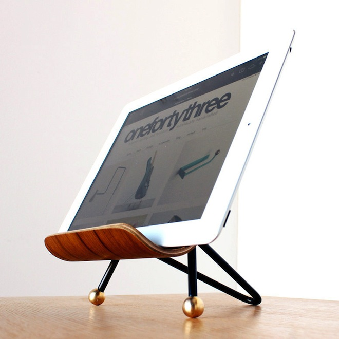 iPad stand // my SoCal'd life, a guide to all things delicious, adventurous and stylish in Southern California