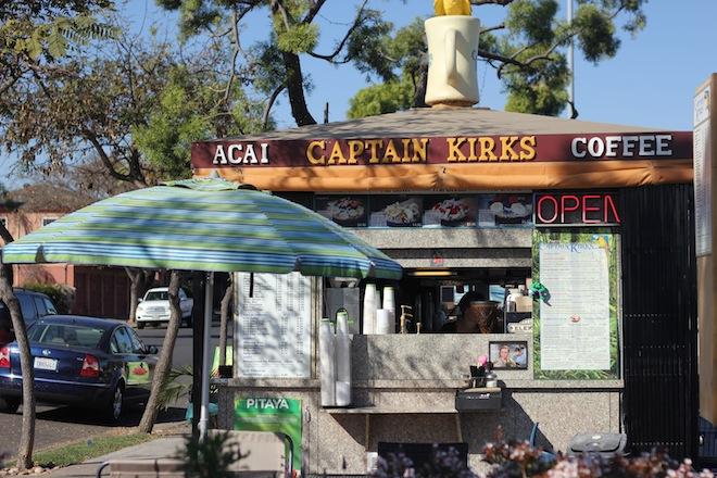 Captain-kirks-acai-bowl