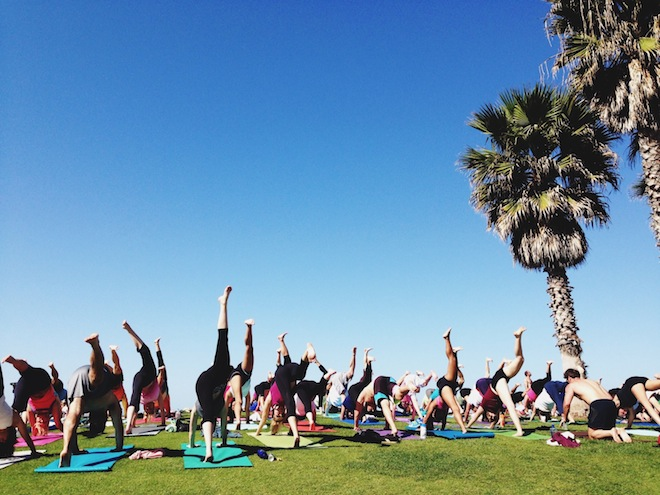 outdoor-yoga-san-diego