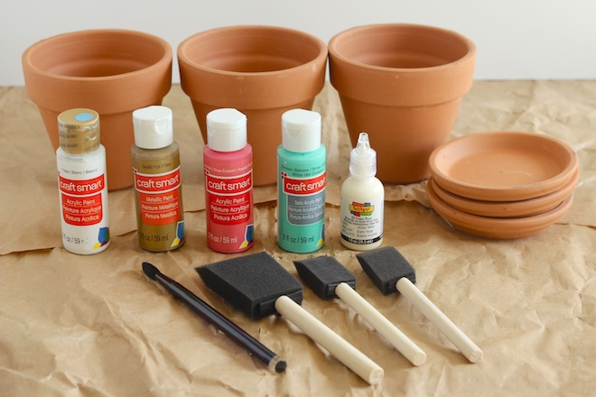 Diy painted terracotta pots my socal 39 d life for Pot painting materials required