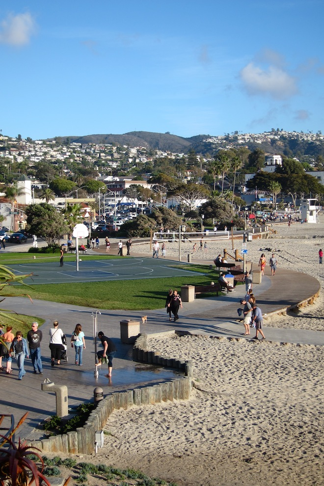 laguna-beach-volleyball-parks